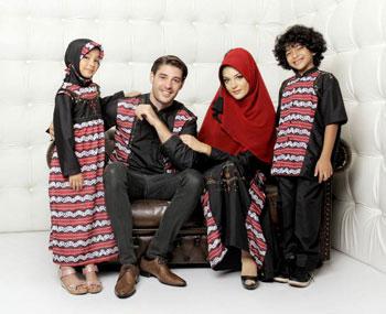 sarimbit keluarga  muslim azka-22 hitam